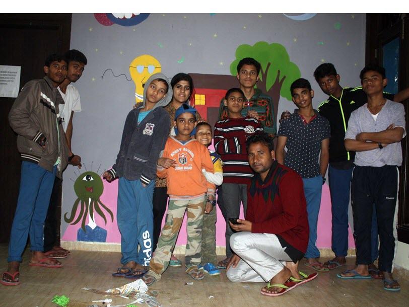 SRT India - Boys in Ghar