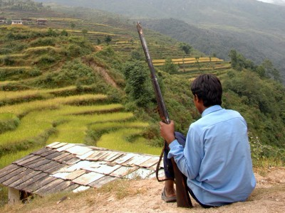 Child_Soldier_with_Rifle