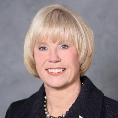 Leslie Bains