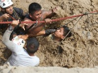 Police_Rescue_Huaycoloro_River