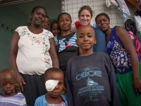 Kristin_Schroeder_with_Patients_and_Families