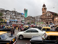 mumbai street intersection